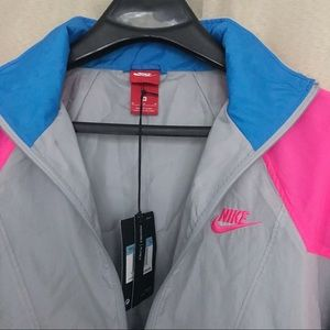 Nike Jackets & Coats - Nike packable windbreaker size M (men's)